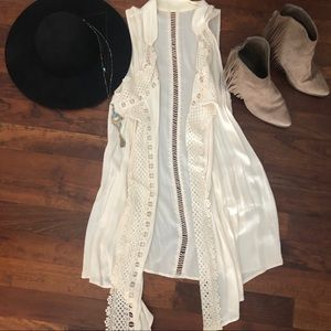 {Maurices} Boho cream duster with pockets S/M